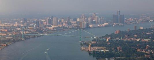 Detroit River / Ambassador Bridge
