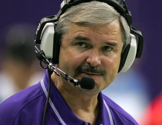 REGISTER PHOTO, Cedar Falls, Oct 23, 2004 --Western Illinois Coach Don Patterson. UNI in purple vs Western Ill at Cedar Falls.