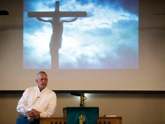 Gary Christian speaks at Mt. Carmel Cumberland Presbyterian Church in Oliver Springs on Aug. 26.