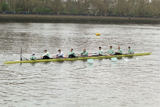 The Cambridge boat in the 2012 Boat Race. Steve Dudek is fourth from right.