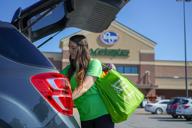 Kroger is one of three retailers currently partnering with grocery delivery service Instacart to offer alcohol delivery in Tennessee.