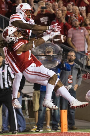 Safety D'Cota Dixon is the only member of the Badgers secondary to have started a game.