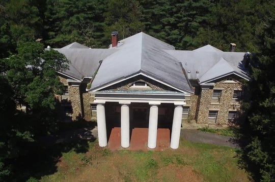 The historic Ringling Manor in Jefferson which is for sale for $800,000. The impressive mansion was constructed in 1916 by the great circus impresario, Alfred T. Ringling. It was later retrofitted as a multi-room friary when the Catholic Church purchased the building.