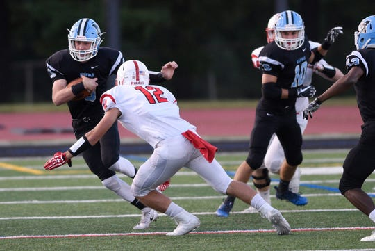 Junior QB Kyle Teel (with ball) hopes to lead Mahwah to the playoffs this season.