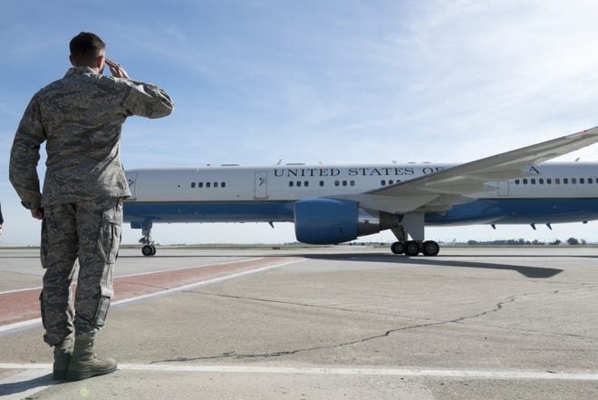 A C-32 similar to the one John McCain's body will depart Phoenix on leaving Travis Air Force Base, Calif., Feb. 1, 2018.