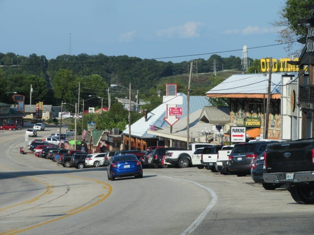 The hill leading down to Bagnell Dam is full of old-timey shops and eateries.