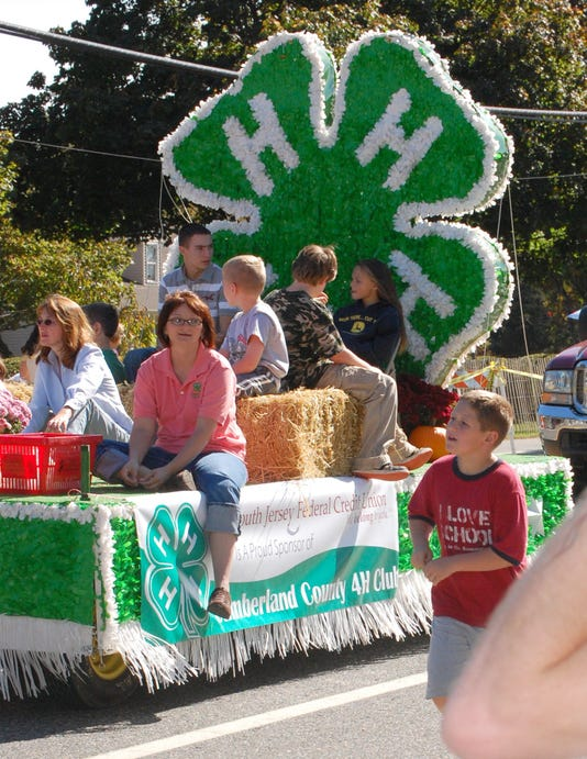 101108 Deerfield Harvest Festival Parade