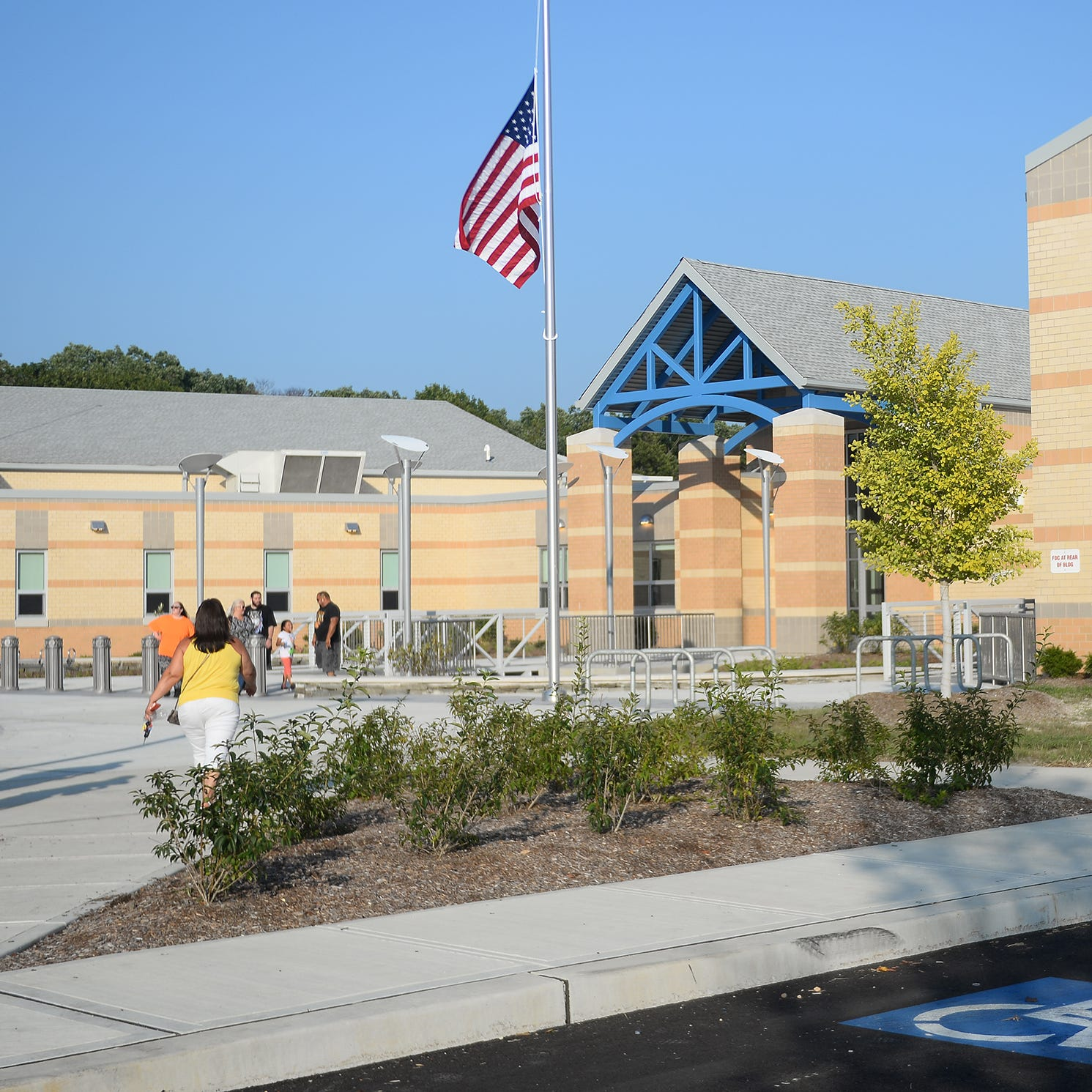Community submits a dozen names for renaming Vineland school