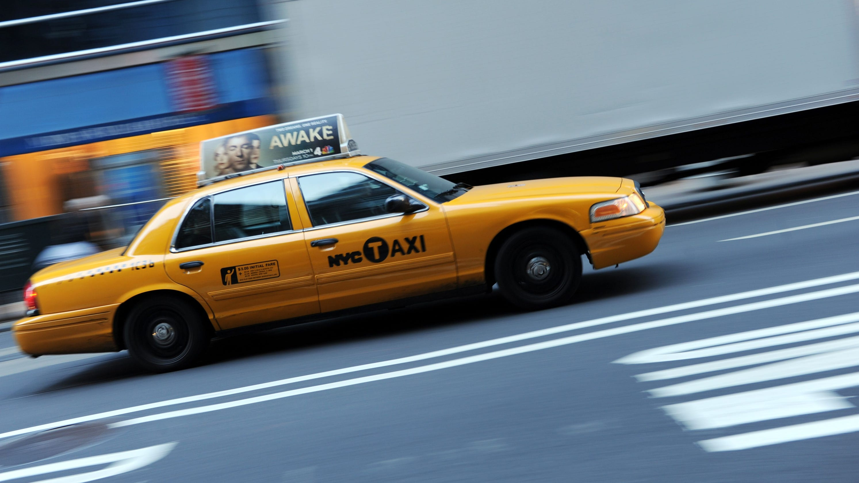 Taxi New York >> New Yorker Born In The Back Seat Of A Yellow Cab Nypd Said