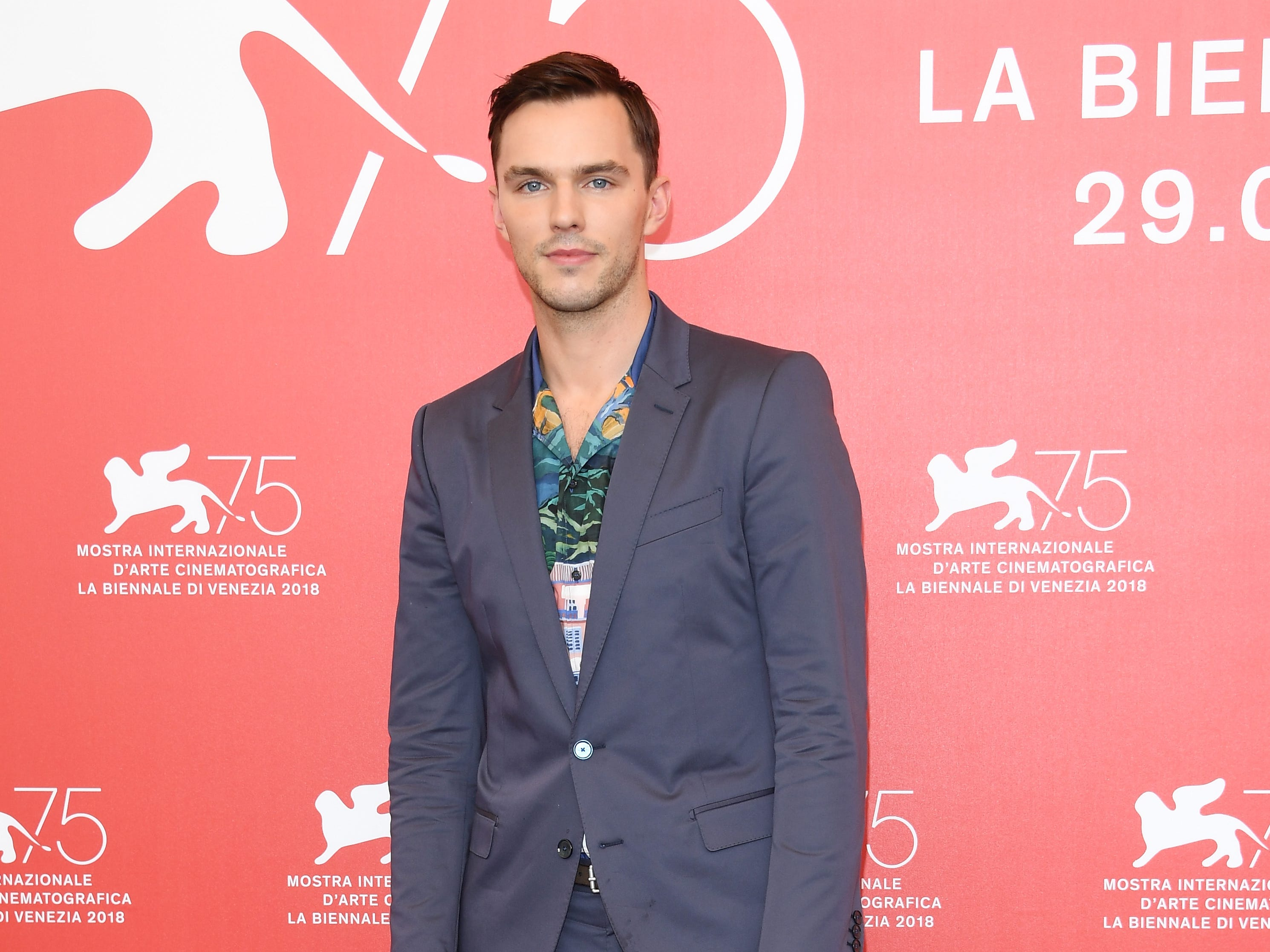 VENICE, ITALY - AUGUST 30:  Nicholas Hoult attends 'The Favourite' photocall during the 75th Venice Film Festival at Sala Casino on August 30, 2018 in Venice, Italy.  (Photo by Daniele Venturelli/Daniele Venturelli/WireImage) ORG XMIT: 775200689 ORIG FILE ID: 1025254624 x