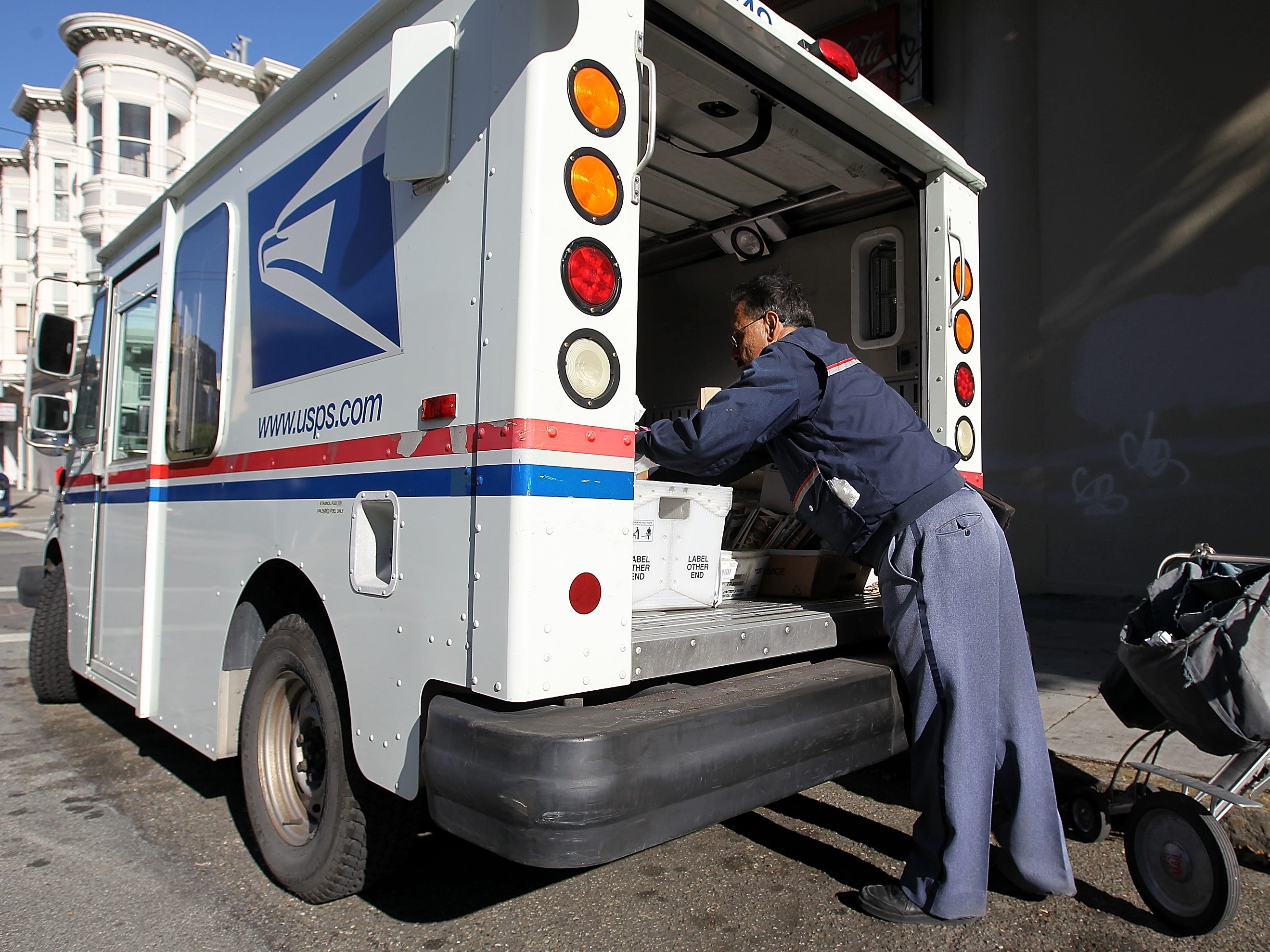 How Salinas residents can make sure Christmas gifts arrive in the mail on time, safely