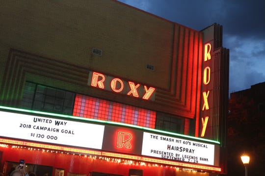 United Way of Clarksville used Roxy Regional Theatre's newly restored marquee to announce its 2018 campaign fundraising goal.