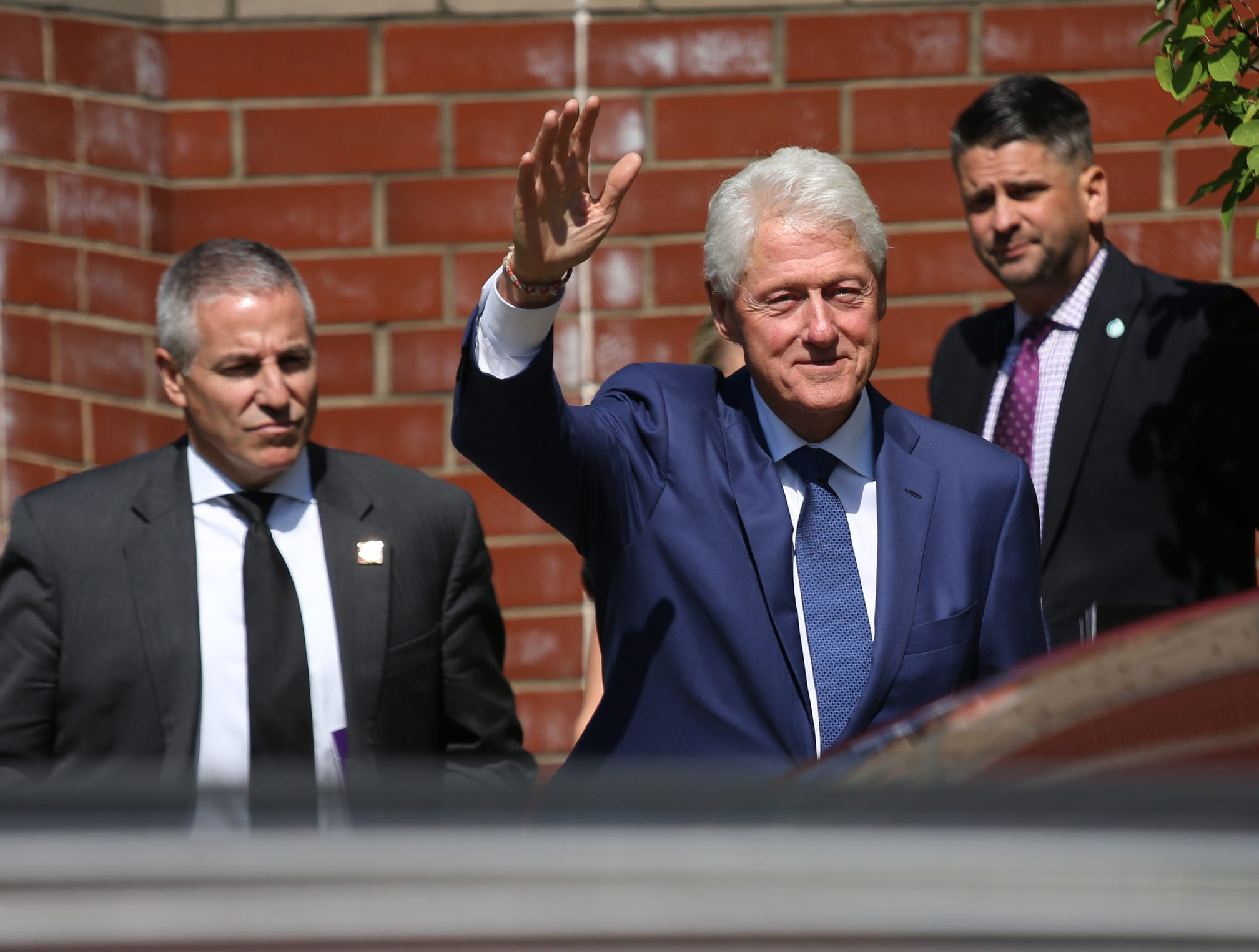 Former President Bill Clinton leaves Greater Grace Temple in Detroit after paying his final respects to Aretha Franklin, Friday, August 31, 2018.