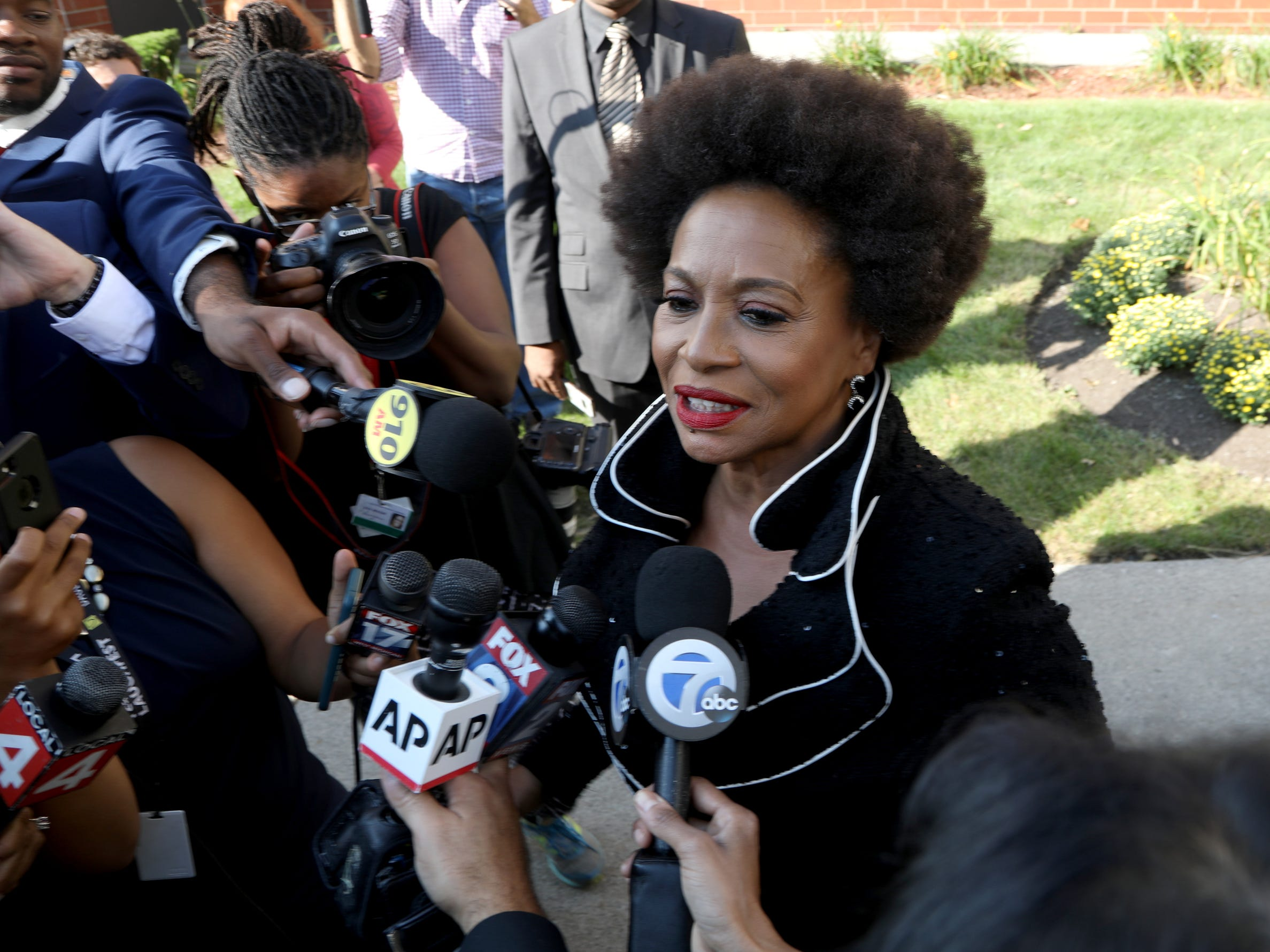 Jenifer Lewis arrives at Greater Grace Temple in Detroit to pay final respects to Aretha Franklin, Friday, August 31, 2018.
