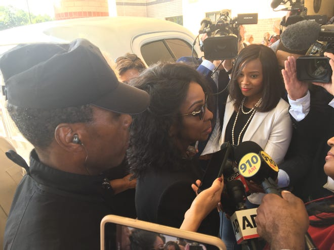 Singer Gladys Knight speaks to the media before entering the funeral of Aretha Franklin at Greater Grace Temple in Detroit on Friday, August 31, 2018.