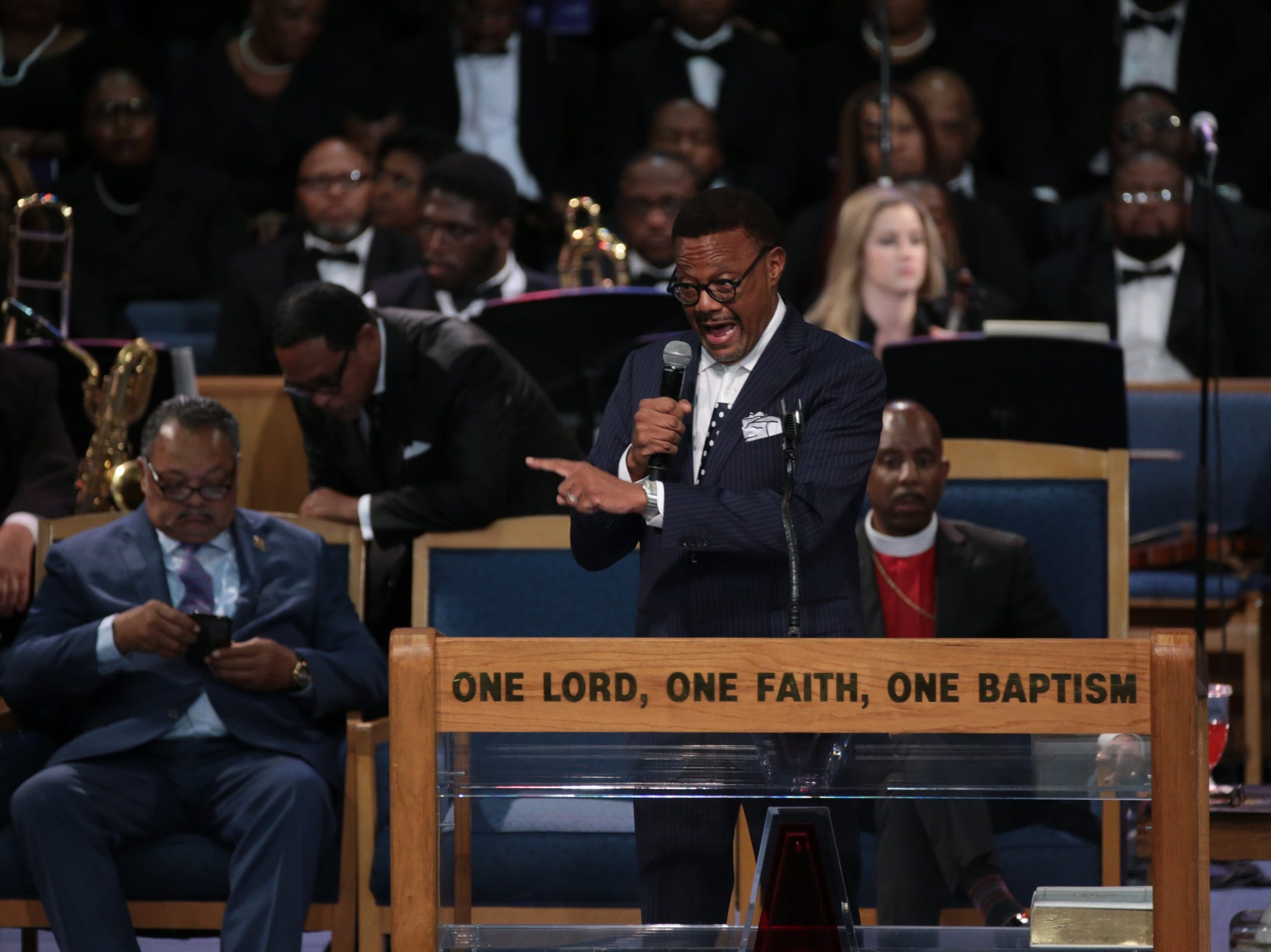Judge Greg Mathis gives a personal reflection during the funeral for the late Aretha Franklin at Greater Grace Temple in Detroit on Friday, August 31, 2018.