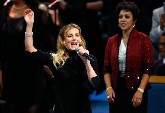 Faith Hill sings during the funeral service for Aretha Franklin.