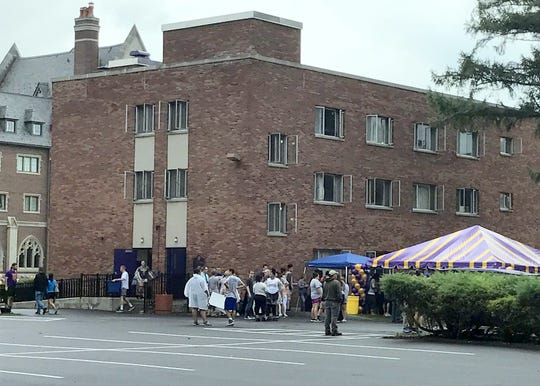 Elmira College welcomes incoming freshmen and their families to campus during moving-in day Friday.