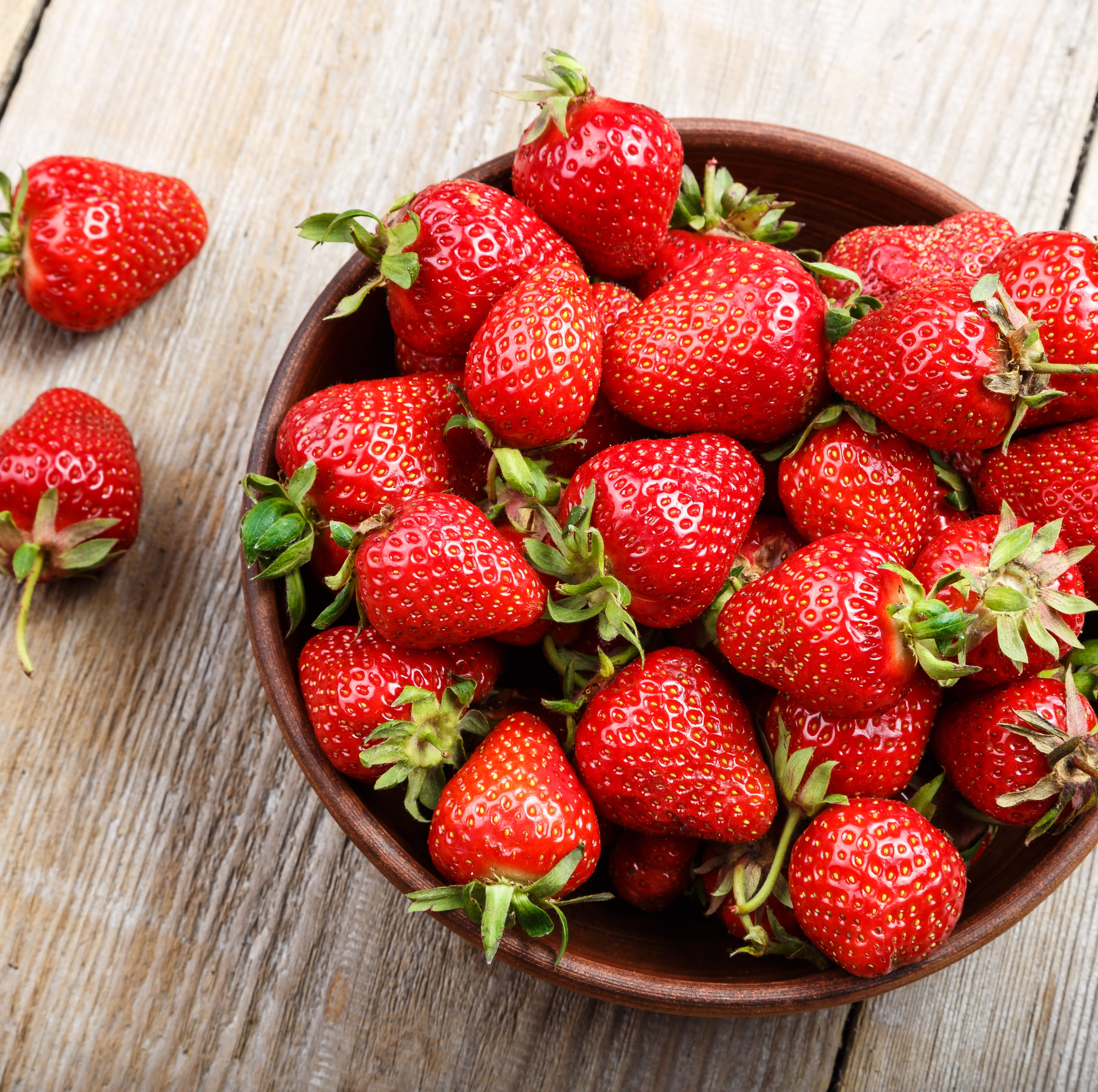 Strawberries, spinach top 'Dirty Dozen' list of fruits and vegetables with most pesticides