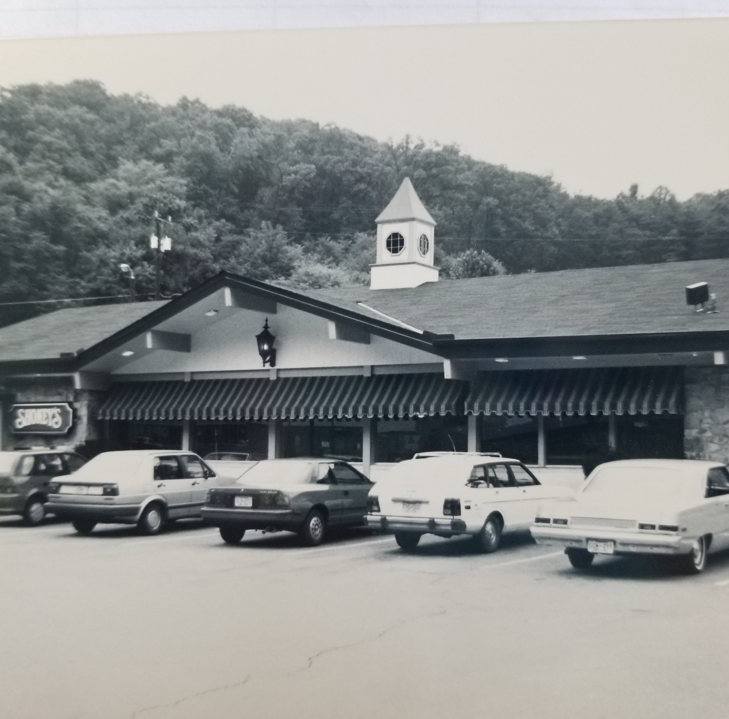 Shoney's at Walker Springs is history; new West Knoxville spot sought