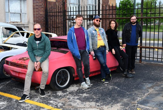 Memphis no-wave band Sweet Knives play DKDC on Saturday.
