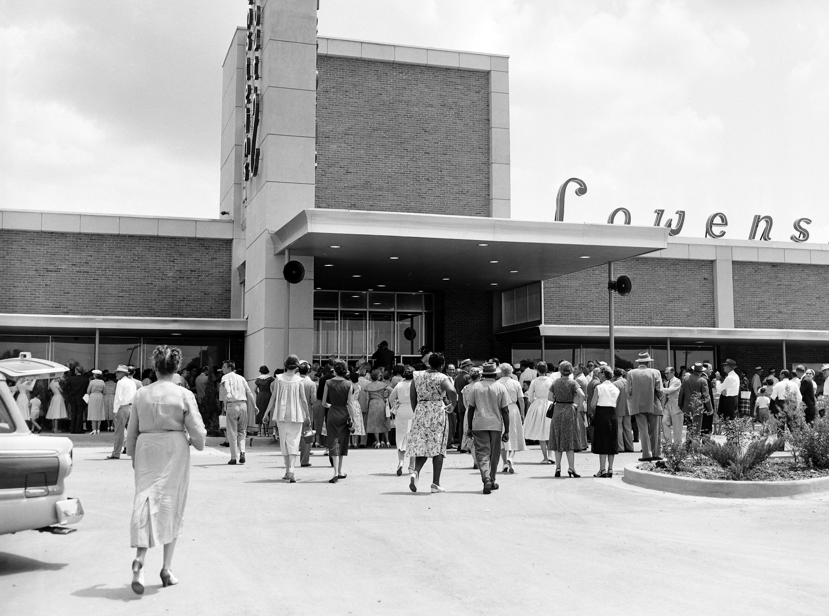 Eager customers streamed into the new $2 million Lowenstein?s South store at Whitehaven Plaza, U.S. 51 South and Raines Road on 1 Aug 1956 when the store was opened to the public. The store is the first of several to be located at the new John B. Goodwin Whitehaven Plaza.