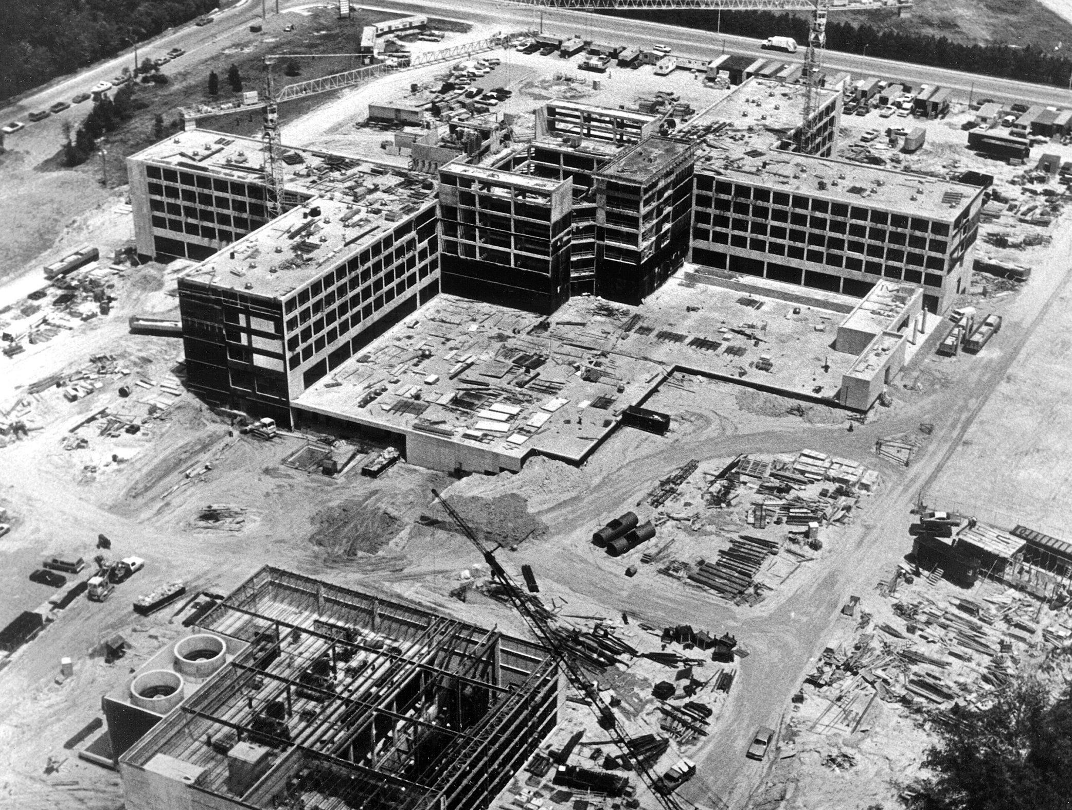 Baptist Memorial Hospital - Memphis on Walnut Grove Road in East Memphis was under construction on 25 May 1978. Christian Brothers High School is located at the top of the photo. Walnut Grove Road is located between the hospital and the CBHS baseball diamond at top of this photo, which looks from South to North.