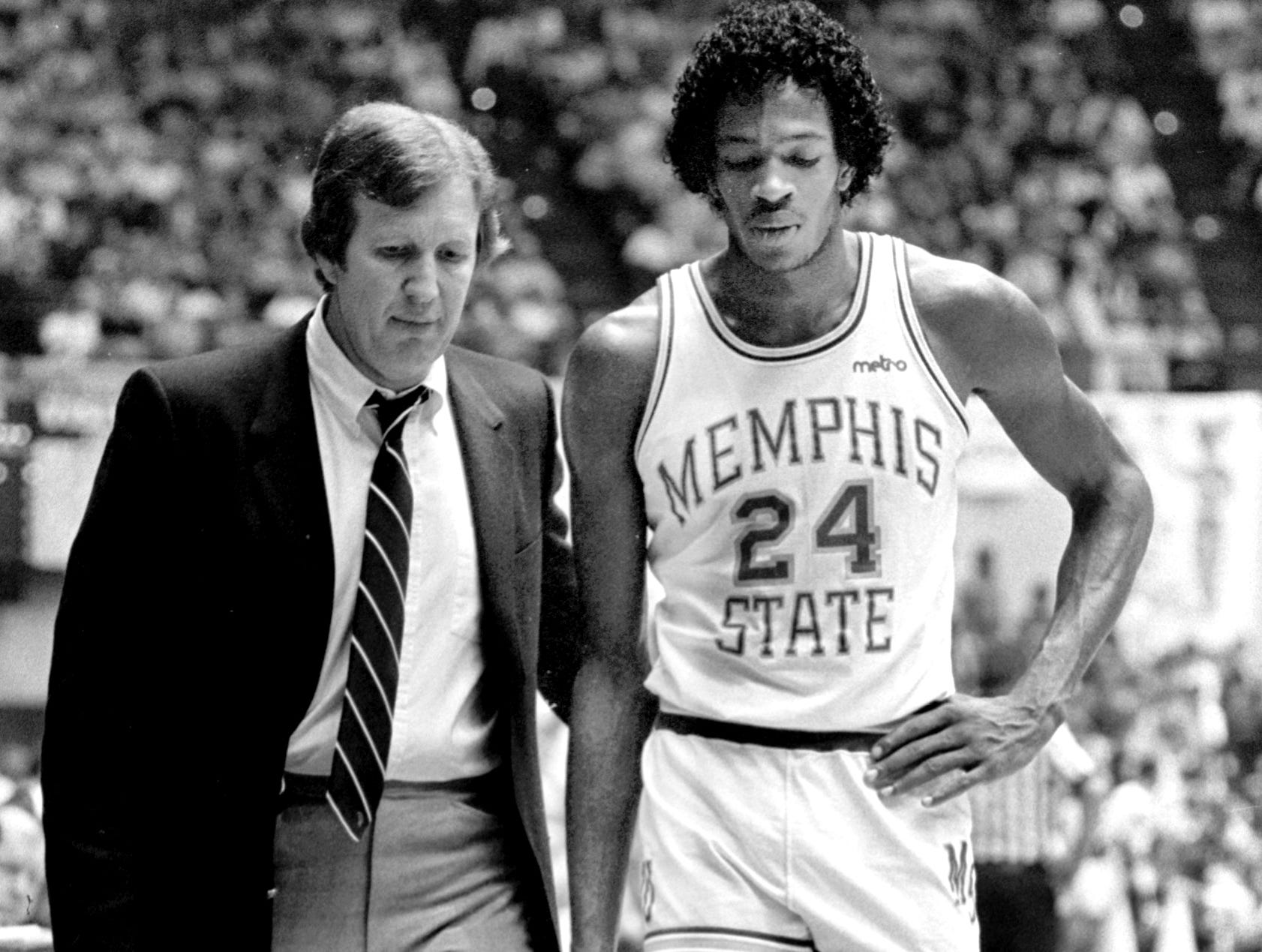 Memphis State head coach Dana Kirk (left) and All-American forward Keith Lee are shown during the Tigers game with Virginia Tech in February 1982. Memphis State head coach Dana Kirk (left) and All-American forward Keith Lee are shown during the Tigers game with Virginia Tech in February 1982.