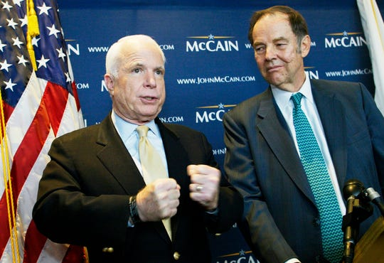 McCain and Kean at campaigned together at Logan International Airport in Boston in November 2007.