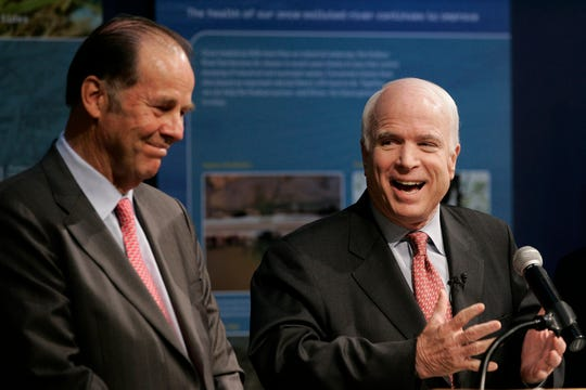 Former Gov. Tom Kean Sr., left, joined Sen. John McCain at a campaign appearance in Jersey City in 2008. The two Republicans, who came from opposide sides of the country and had different styles, forged a friendship when Kean was leading the 9/11 Commission.