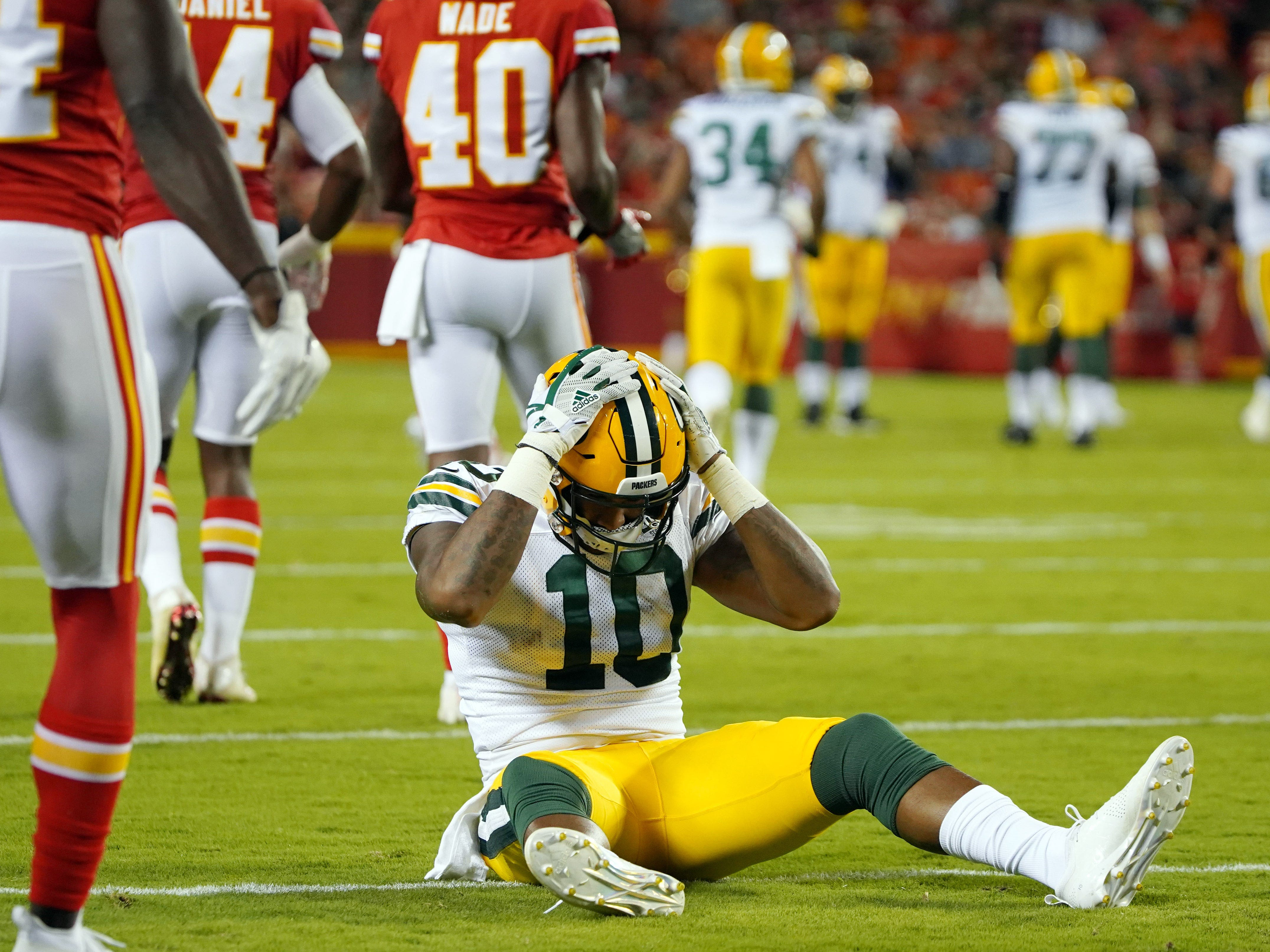 Aug 30, 2018; Kansas City, MO, USA; Green Bay Packers wide receiver DeAngelo Yancey (10) reacts after dropping a pass in the first half against the Kansas City Chiefs at Arrowhead Stadium.