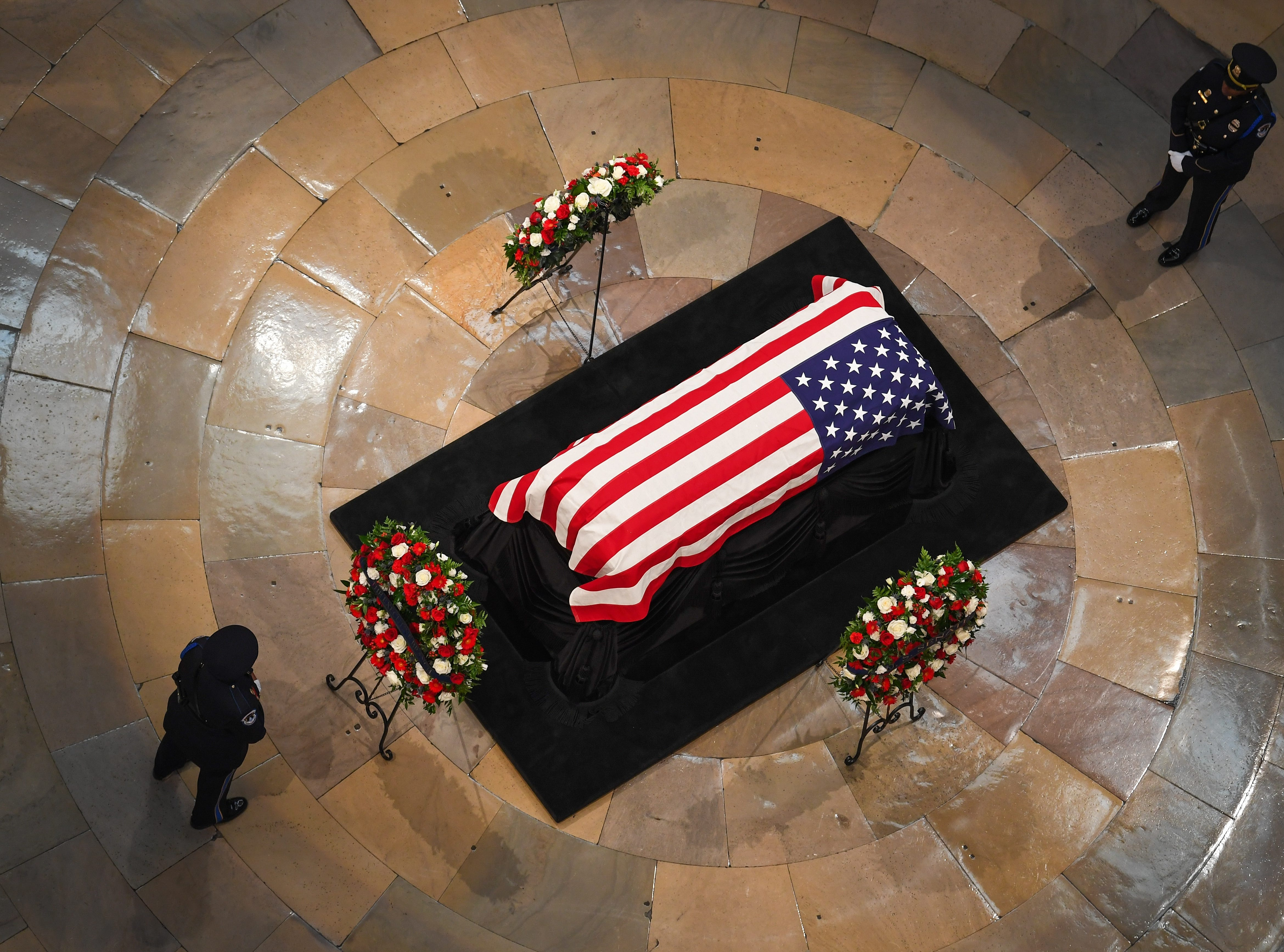 8/31/18 1:57:53 PM -- Washington, DC, U.S.A  -- The body of John McCain lying in state at the U.S. Capitol in Washington on Aug. 31, 2018 in Washington. Sen. McCain died on Aug. 25. --    Photo by Jack Gruber, USA TODAY Staff
