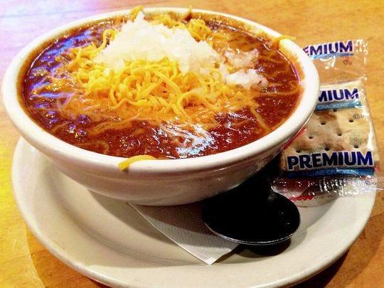 El chili Texaz Red de Texaz Grill utiliza cerveza, Cayena, Tabasco y más.
