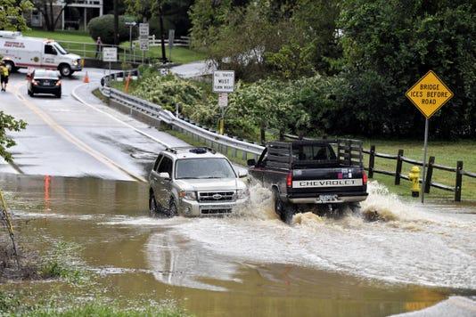 YDR-TL-kreutz-creek-flooding