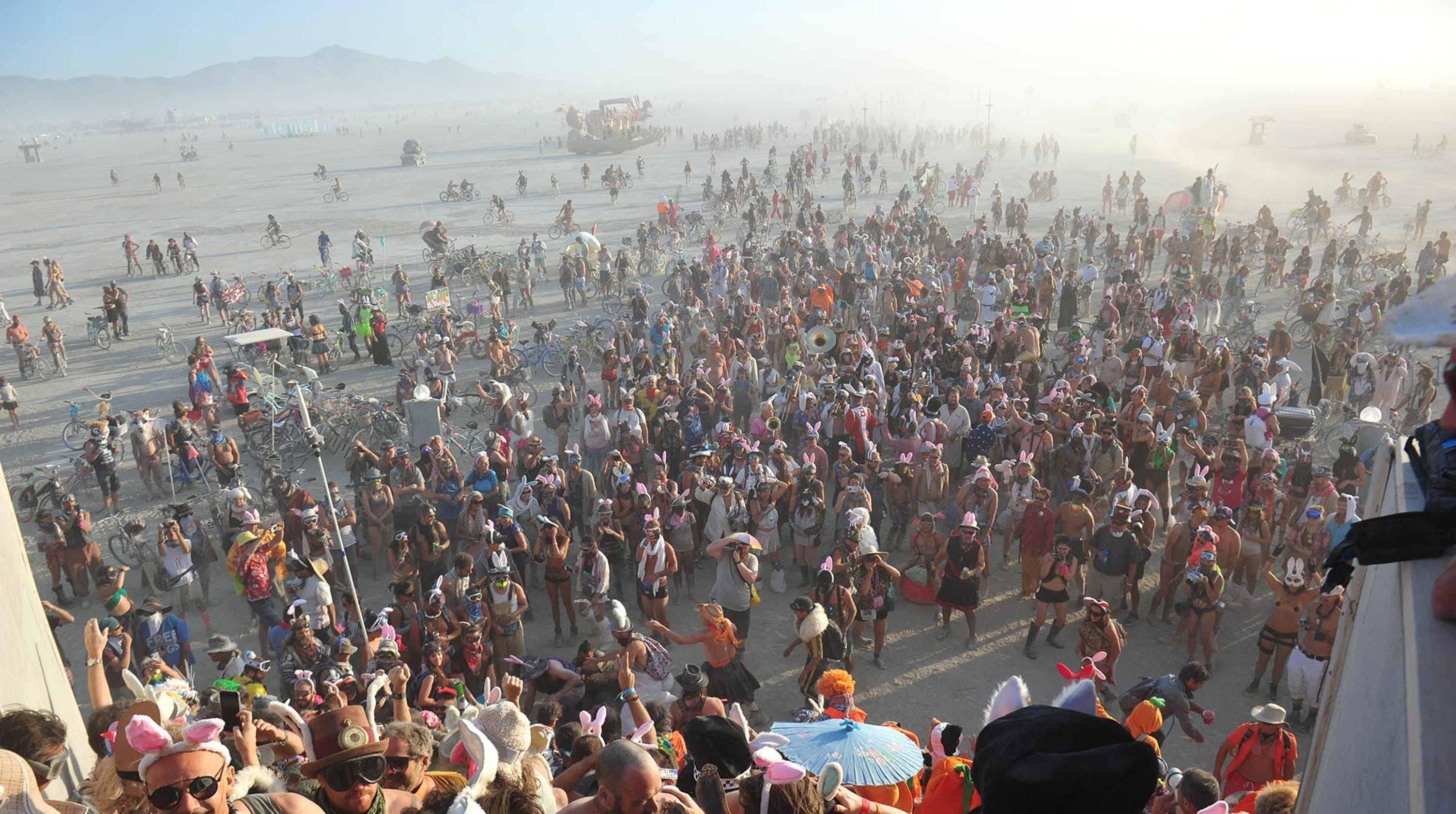 Burning Man oversells event 1e8471489