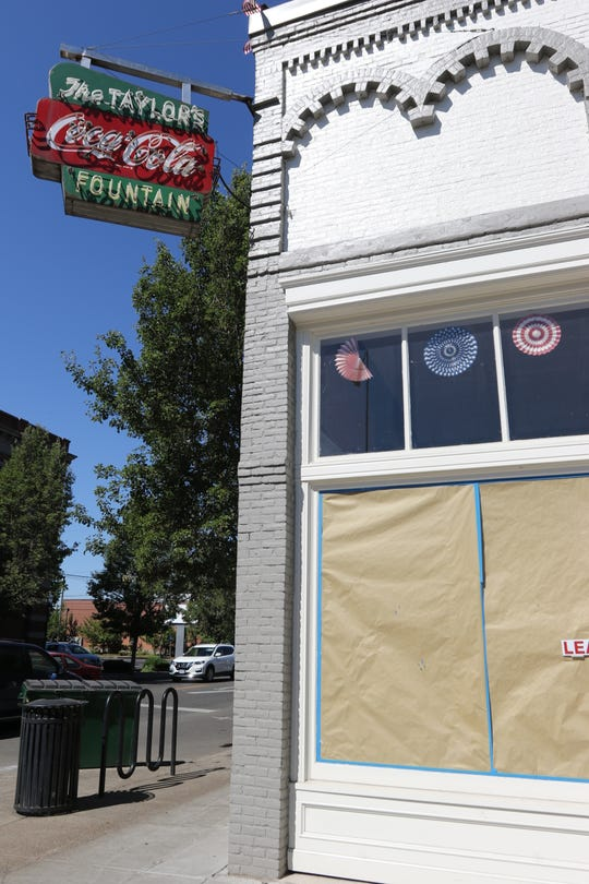 The Former home to Taylor's in Independence will soon become Jubilee, a bar for sweets and Champagne.