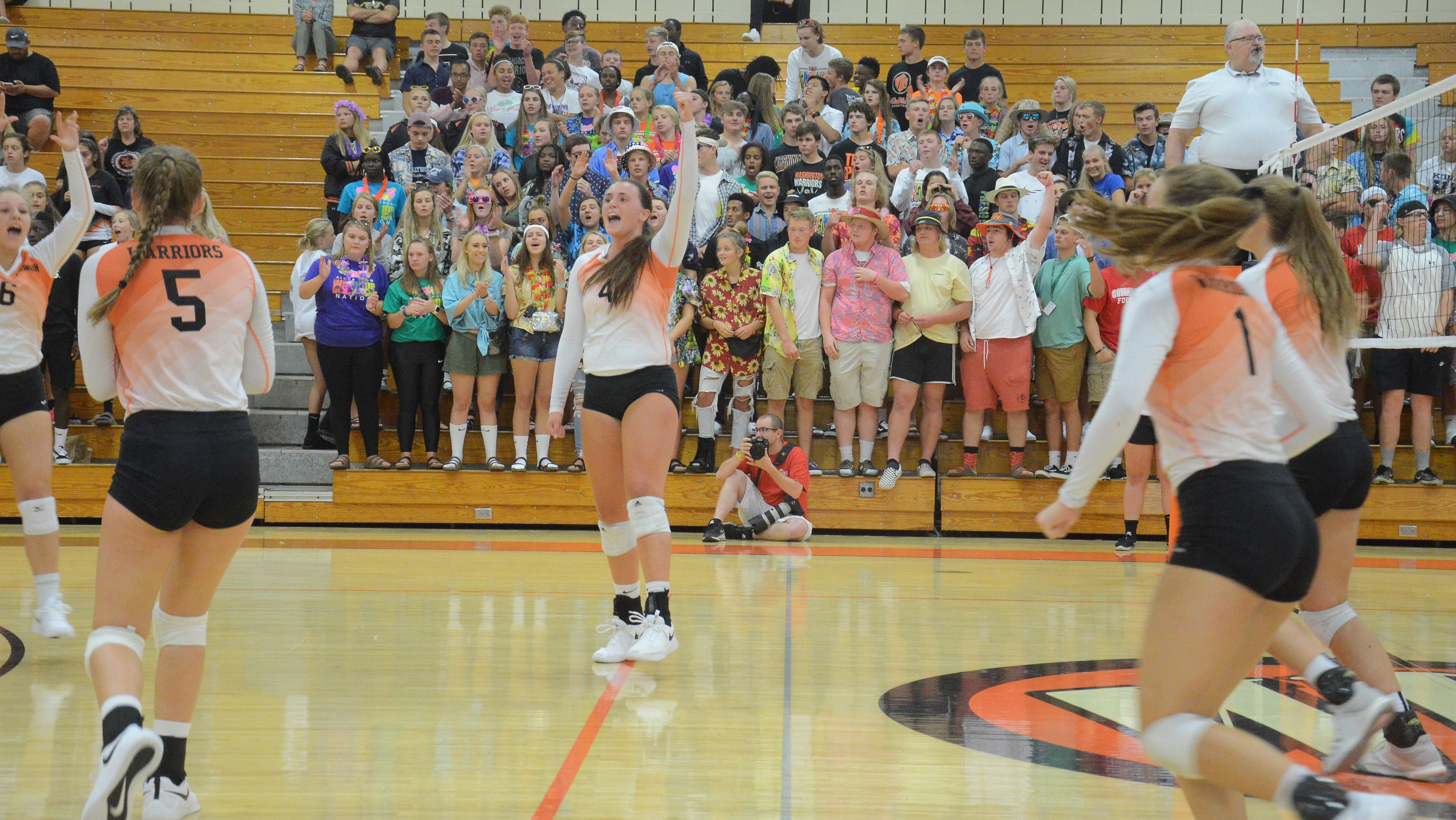 Washington's Lilly Bartling celebrates a point vs. Roosevelt on August 30.