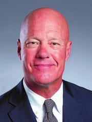 Robert Shannon Kov, new Western Heritage Bank board member.