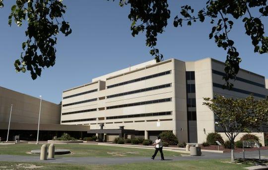 Inmate dies at Ventura County jail