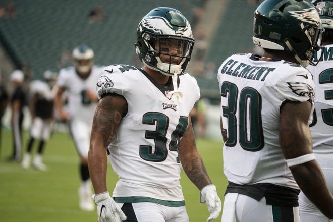 Eagles' Donnel Pumphrey (34) warms up with teammates before facing the New York Jets Thursday at Lincoln Financial Field.