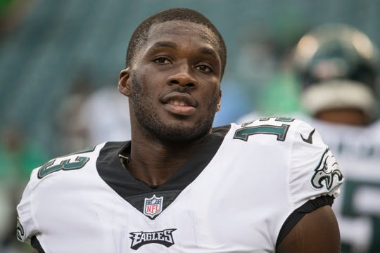 Eagles wide receiver Nelson Agholor had a career-high 62 receptions last season. Can he get to 100 this year?