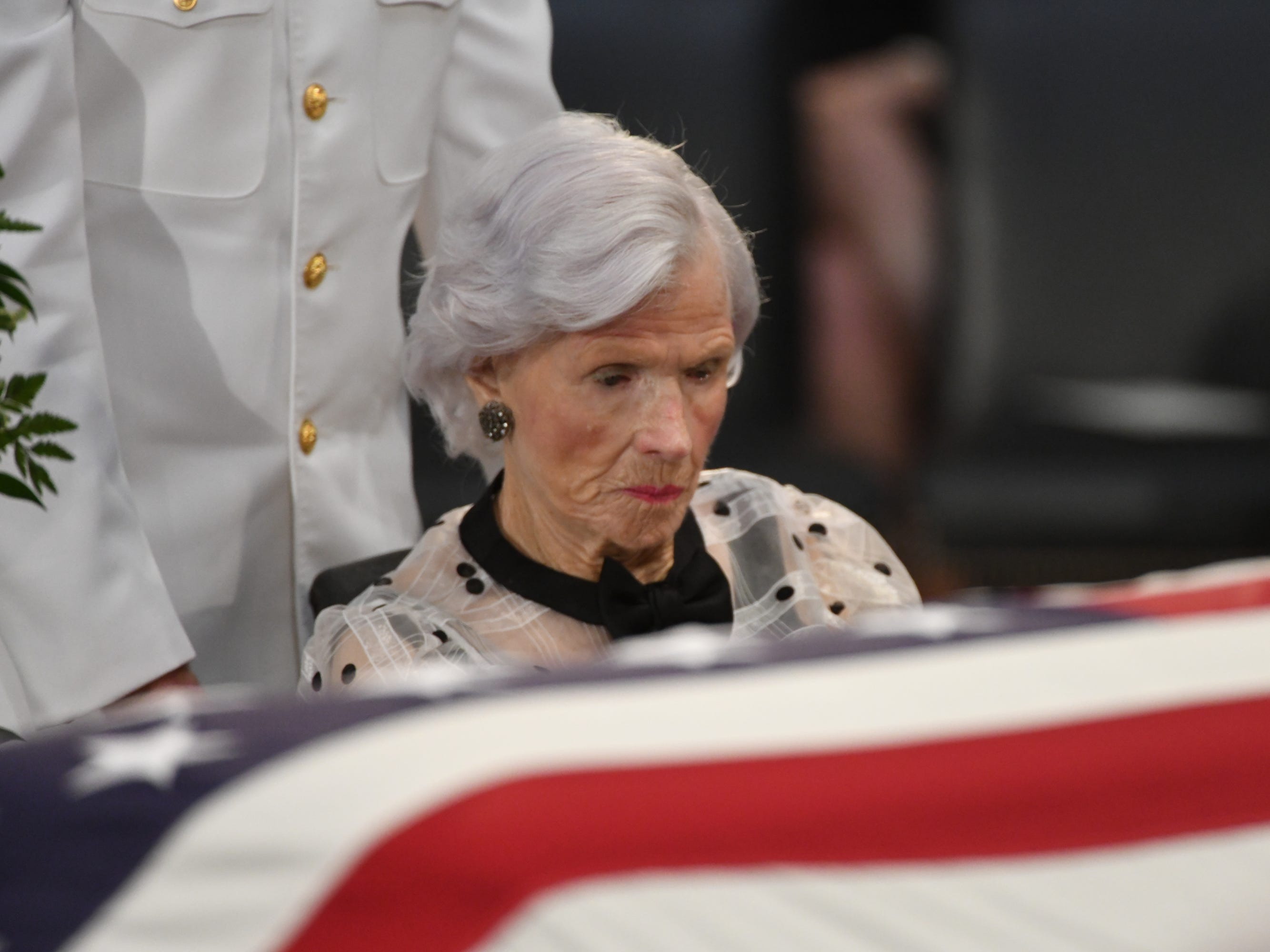 8/31/18 11:26:03 AM -- Washington, DC, U.S.A  -- Roberta McCain pays her respects as the body of her son, John McCain, lies in state at the U.S. Capitol in Washington on Aug. 31, 2018 in Washington. Sen. McCain died on Aug. 25. --    Photo by Jasper Colt, USA TODAY Staff ORG XMIT:  JC 137436 McCain U.S. Capi 8/31/2018 (Via OlyDrop)