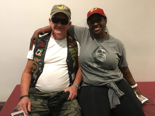 Gary Galloway, a Republican and Vietnam Veteran, and Tori Prudhomme-Yurochko, a Democrat from Los Angeles, said they found bipartisan friendship while waiting on line to pay their respects to the late Sen. John McCain.