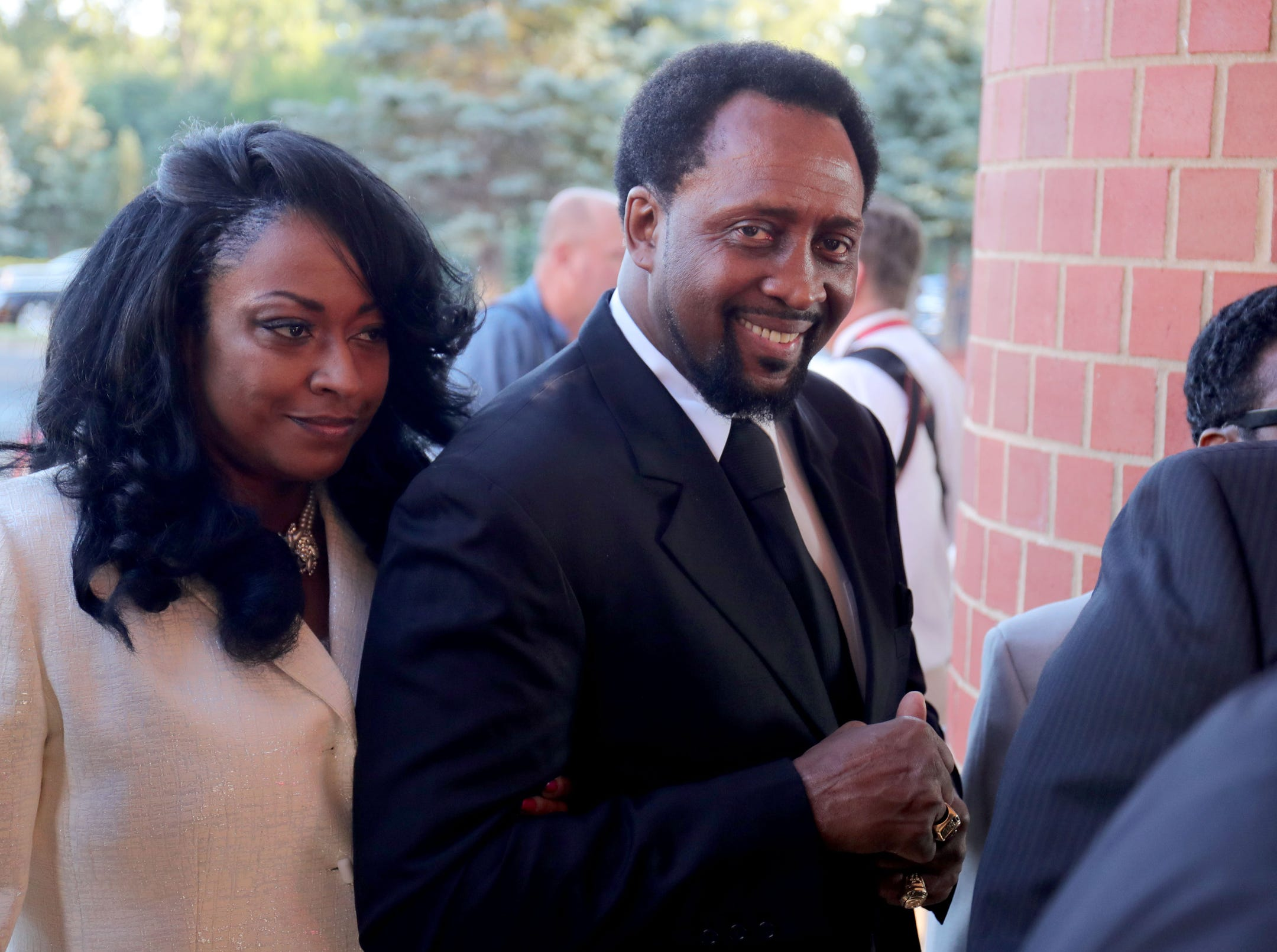 Former professional boxer Thomas Hearns arrives at  Greater Grace Temple in Detroit to pay final respect to Aretha Franklin, Friday, August 31, 2018.  Kirthmond F. Dozier, Detroit Free Press (Via OlyDrop)