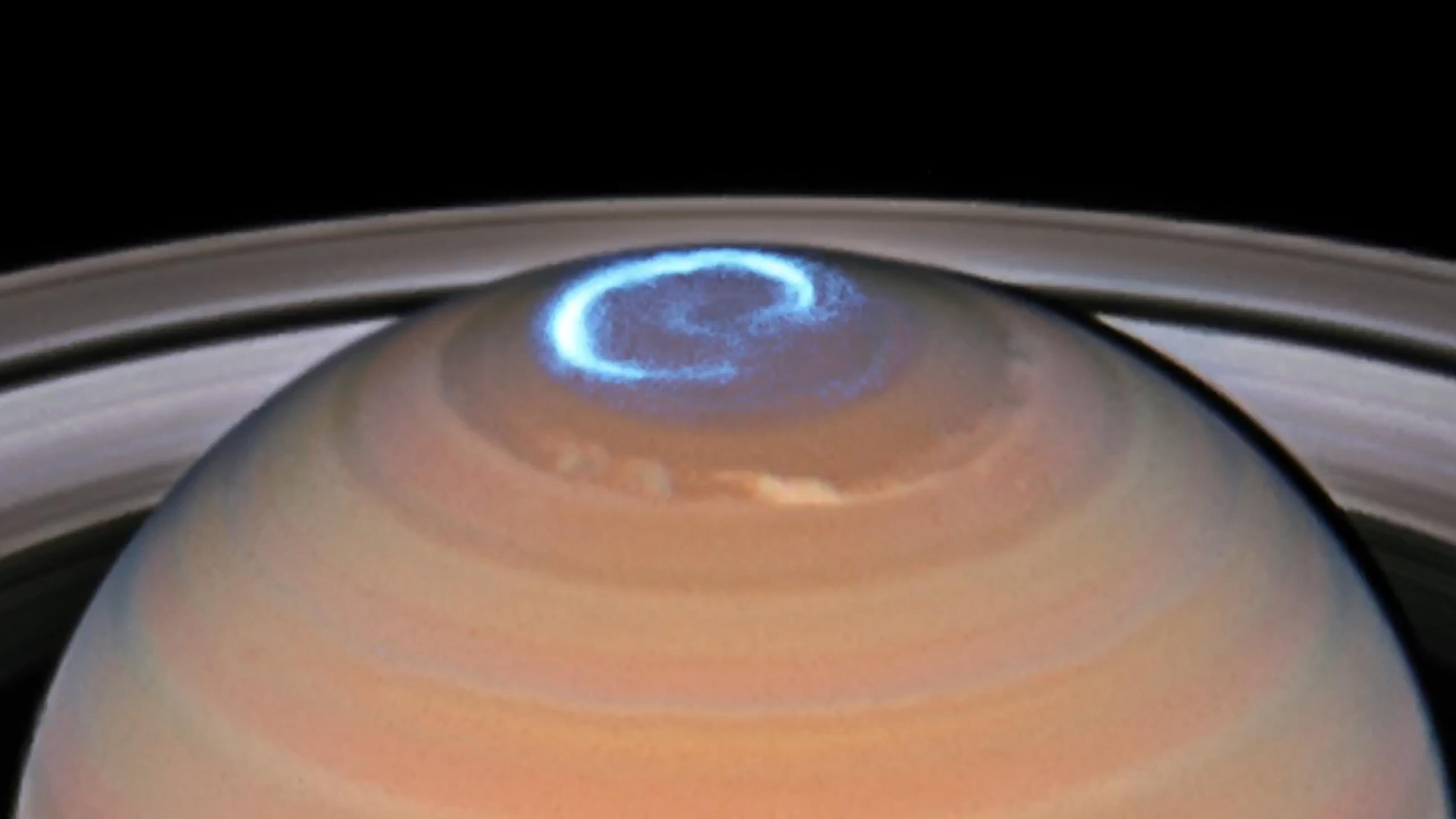 NASA animation shows Saturn's auroras glowing blue