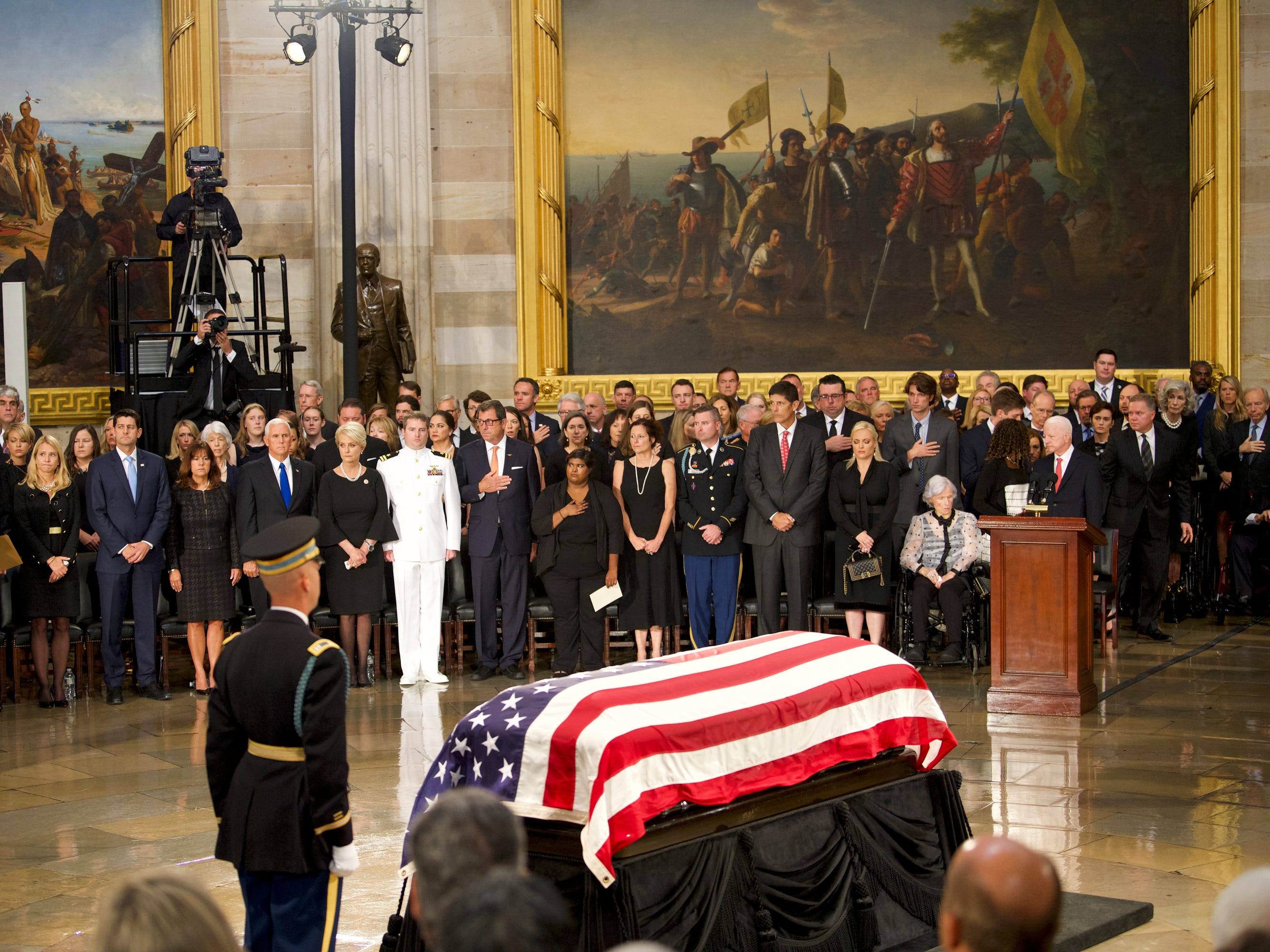 8/31/18 10:53:59 AM -- Washington, DC, U.S.A  -- The body of John McCain lies in state at the U.S. Capitol in Washington on Aug. 31, 2018 in Washington. Sen. McCain died on Aug. 25. --    Photo by Jasper Colt, USA TODAY Staff ORG XMIT:  JC 137436 McCain U.S. Capi 8/31/2018 (Via OlyDrop)