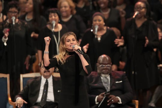 Faith Hill delivered a powerful permance at the funeral for Aretha Franklin on Aug. 31, 2018 in Detroit.