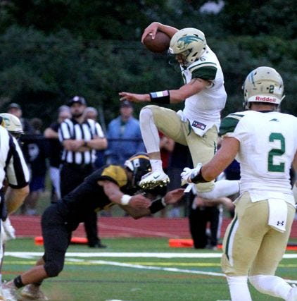 NJ football: Red Bank Catholic rolls past Red Bank Regional