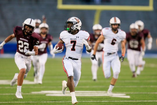 Tre Fugate's big touchdown run helped Valley beat Dowling Catholic, 20-6, in Week Two. Fugate, a senior running back, will be key if the Tigers are to defeat Cedar Rapids Kennedy in Week Three.
