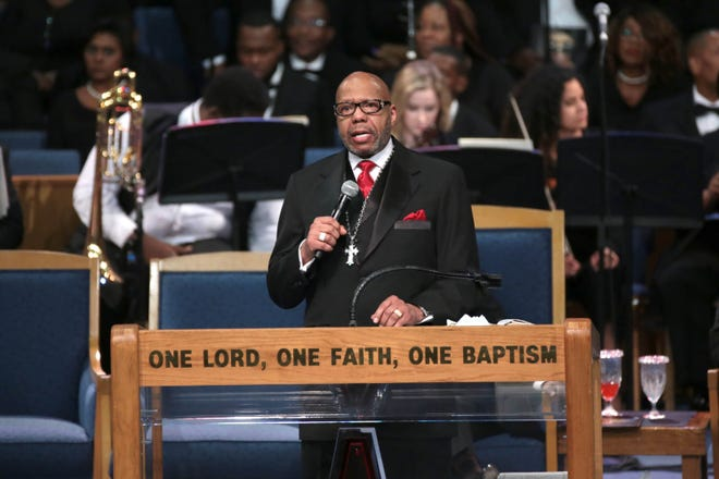 Rev. Jasper  Williams, Jr., Pastor of Salem  Baptist  Church, Atlanta, GA gives the eulogy during the funeral for the late Aretha Franklin at Greater Grace Temple in Detroit on Friday, August 31, 2018.